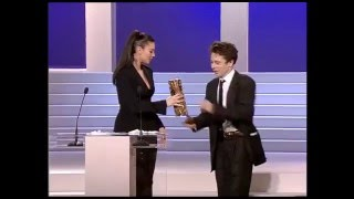 Monica Bellucci awards Mathieu Amalric, 1997 Сesar