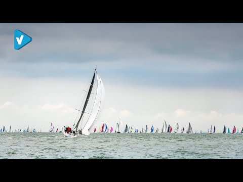 #Rolex Guide: Offshore racing   embracing the ocean s challenges #Rolex #WorldofYachting