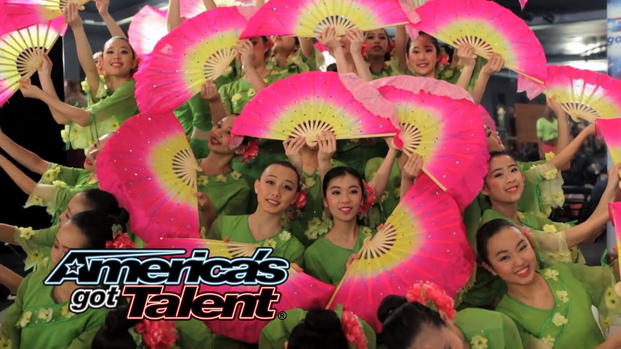 e571b0cb9f64b Jasmine Flower Group: Ballet Team Combines Styles for Pretty Fan Dance -  America's Got Talent 2014