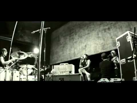 Escape the Fate - The Flood live @ AP Sessions (HD Quality)