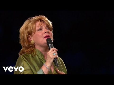 Joy Gardner - He Is Holy (Live)
