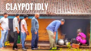 Clay pot Idly 2.5 Rs  Rayalseema Idly  Street Food  Best Indian Food  Street Byte  Silly Monks