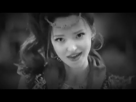 Dove Cameron - Genie in A Bottle (VS) Ariana Grande - Focus (MASH UP)
