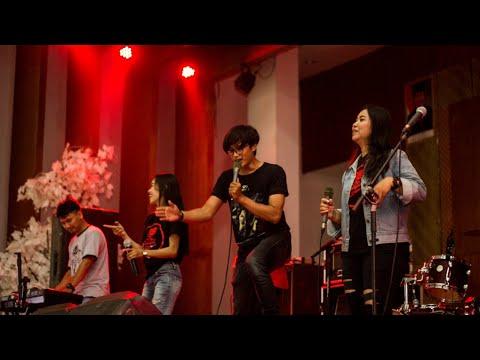 hitam putih cover sammycat reggae band