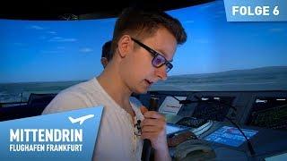 Fluglotsen voll konzentriert   Mittendrin - Flughafen Frankfurt (6)
