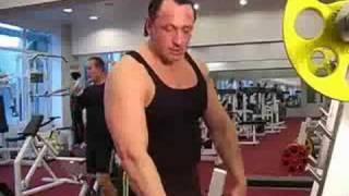 ZMIX.RU Приседания со штангой на плечах - видео  выполнение упражнения