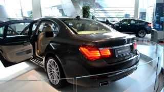 アキーラさん①BMW759LIドイツ・ミュンヘン・BMW展示場,Munich,Germany