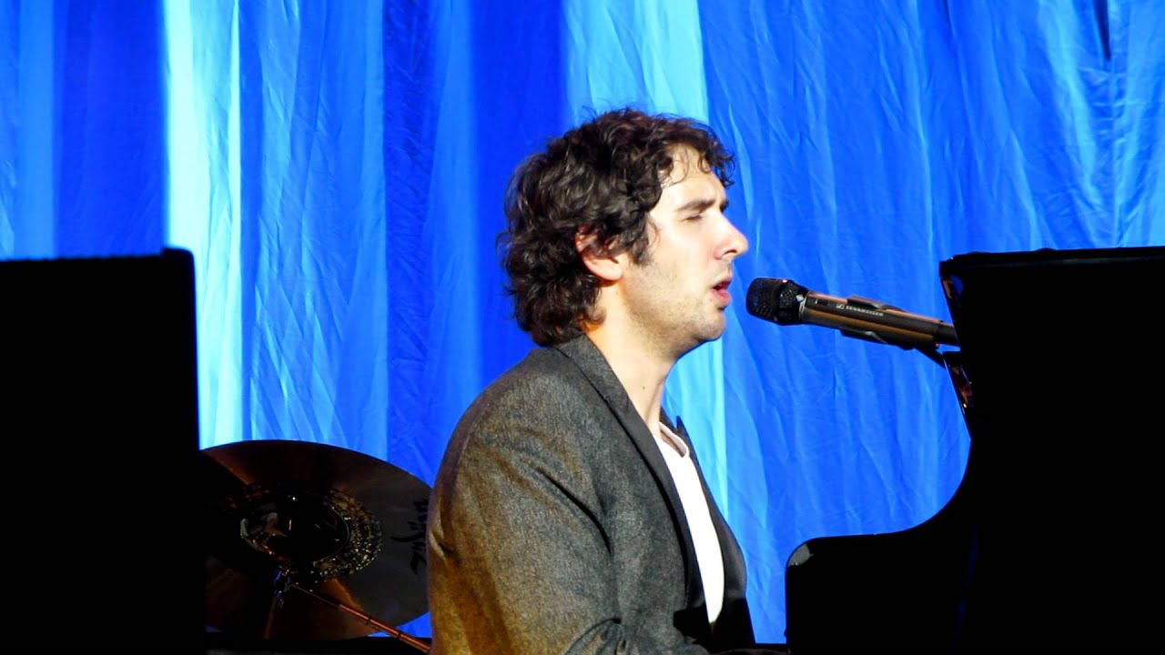 Josh Groban in Amsterdam 2011 - Talking (he had sex!) and singing Higher  Window
