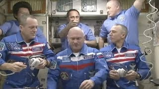 Soyuz MS-08 hatch opening