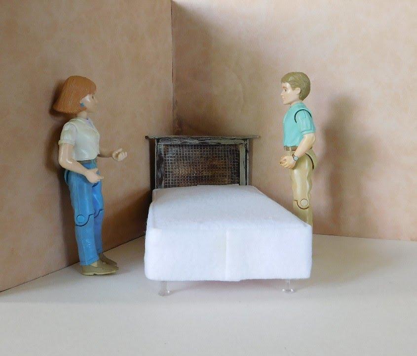 Dollhouse Miniature Bed