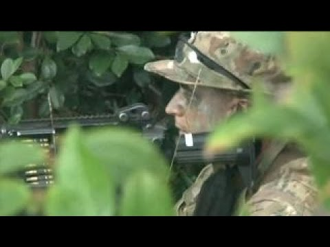 See Military Train Soldiers for Jungle Warfare!