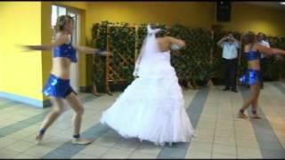 Невеста зажигает !!!