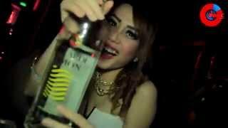 """DOPE CLUB """"GiGsteria"""" DJ TANIA TAN (Tanjungpinang, Bintan)"""