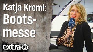 Reporterin Katja Kreml auf der Bootsmesse in Düsseldorf