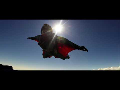 wingsuit skydive havok carve paraclub learning to fly trap music / Michael Karner