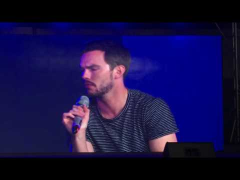 [FULL] Conversation with Nicholas Hoult @ AsiaPop Comicon August 26, 2016 SMX Convention Center