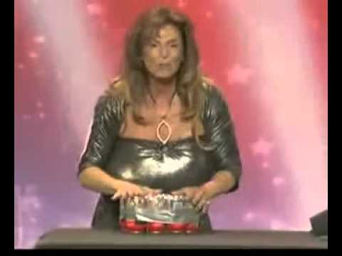 Lady With Massive Breasts Live