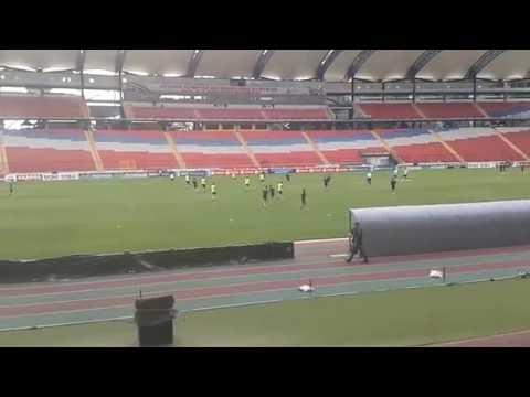 Entrenamiento de la selección brasileña en el estadio Metropolitano de Mérida