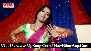 Superhit होली गीत 2017 | होली में चोली के पूजा करताs - Holi Me Choli Ke Puja Karata
