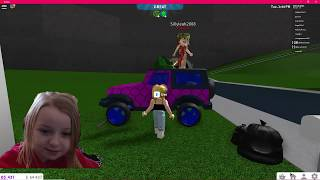 Natalie and Leah playing Roblox