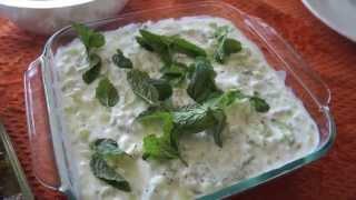 Persian Cucumber Yogurt Recipe - Maast-o Khiar