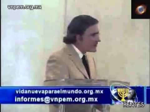 Un joven frente al mundo   Armando Alducin