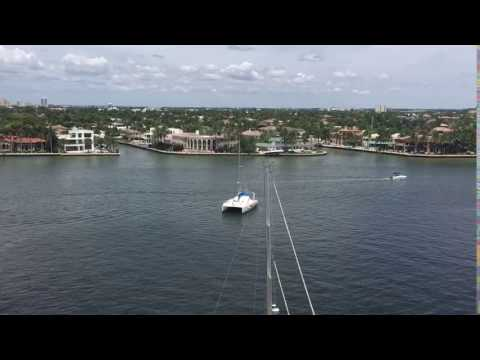 Spectacular views of  intracoastal waterway and Fort Lauderdale Skyline.