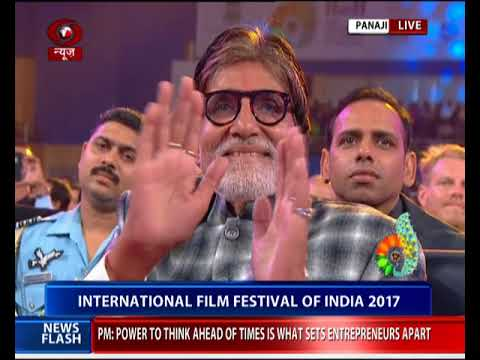 Amitabh Bachchan conferred with 'Indian Film Personality of