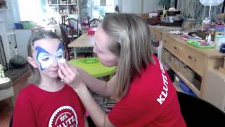 Klutz Crew: Face Painting With Pink And Green Mama