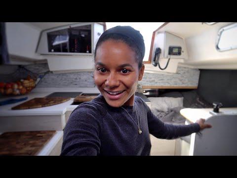 Kika Goes Crazy Mid-Atlantic — DAY8 /North Atlantic Crossing — Sailing Uma [Step 192.08]
