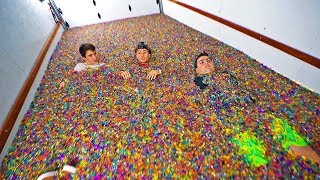 10,000,000 Orbeez in moving truck!