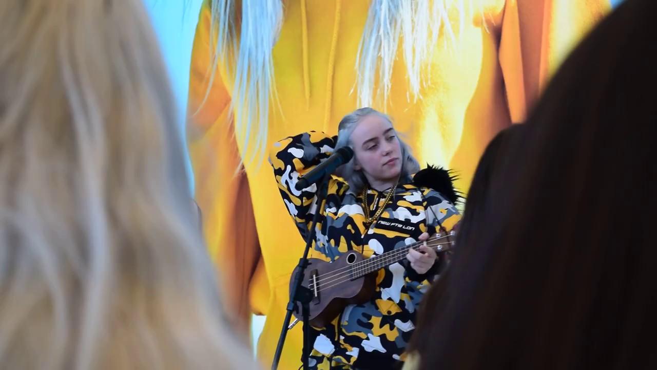 billie-eilish-performs-hotline-bling-party-favor-mashup-apple-union-square-celine-wong