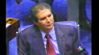 Briga entre Jader Barbalho e Antônio Carlos Magalhães, em 2001