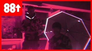 TAKEOFF   B-Free & Bryan Chase In The Studio (Prod. RONNYJ)