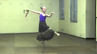 TARANTELLA NAPOLETANA, Pointe Technique, 9 age Spanish ballerina