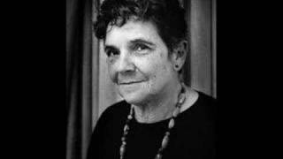 a literary analysis of aunt jennifers tigers Adrienne rich is an astonishing woman who has used her writings to confront matters of women's oppression and the need for women's liberation from a world of male domination (pope, rich's life and career) aunt jennifer's tigers.