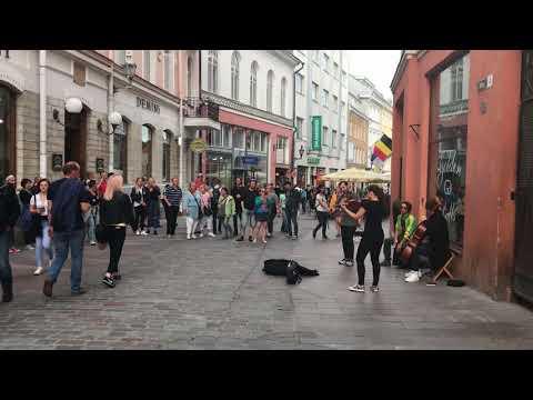 Tallin Street Music: Counting Stars