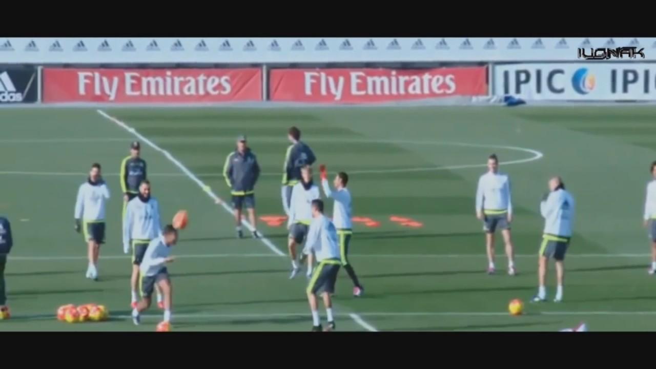 Download Cristiano Ronaldo vs Lionel Messi   Freestyle Show ● Skills ●Crazy Tricks ● Warm Up