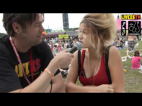 Lowlands 2011 - Interview met Selah Sue