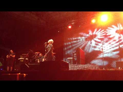 Emeli Sande - Maybe (Live at Central Park)