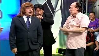 Repeat youtube video La mordida de Suárez al estilo de El Especial del Humor
