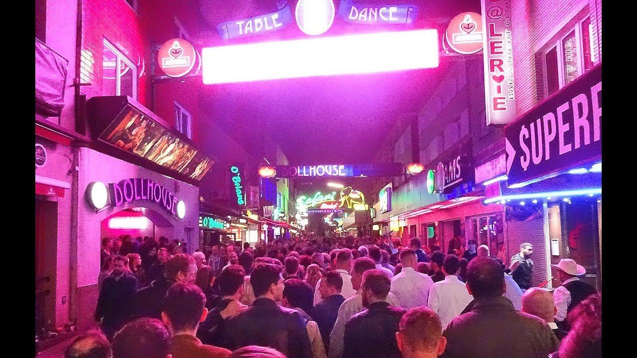 Nightlife auf der Reeperbahn - Club & Pub Partytour ...