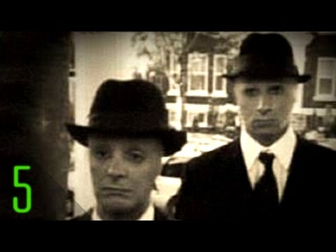 5 Mysterious Sightings of Real Men in Black