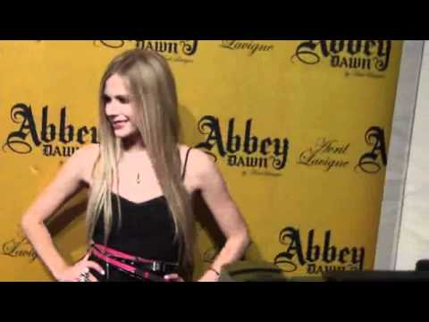 superstar avril lavigne arrives at PURE nightclub in Las Vegas 2011