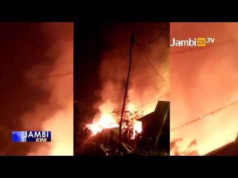 Dua Unit Rumah Warga Di Kawasan Danau Sipin Ludes Terbakar