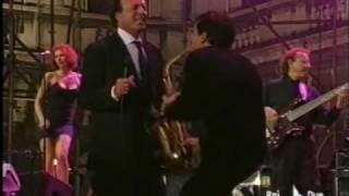 Julio Iglesias - Me va, me va