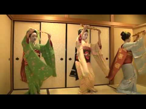 """Traditional Japanese Dance by Maiko, """"Kyou-no-Shiki""""(that means four season of Kyoto"""""""