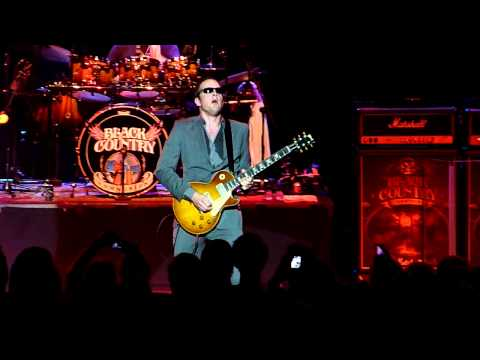 Black Country Communion - Song of Yesterday, Live at Cirkus, Stockholm, Sweden 2011-08-02