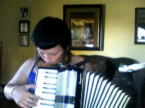 belle, jack johnson on accordion