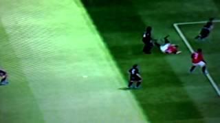 Как ударить через себя в Fifa 13 обучение